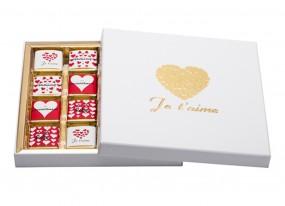 Coffret déclaration - JE T'AIME - 32 chocolats