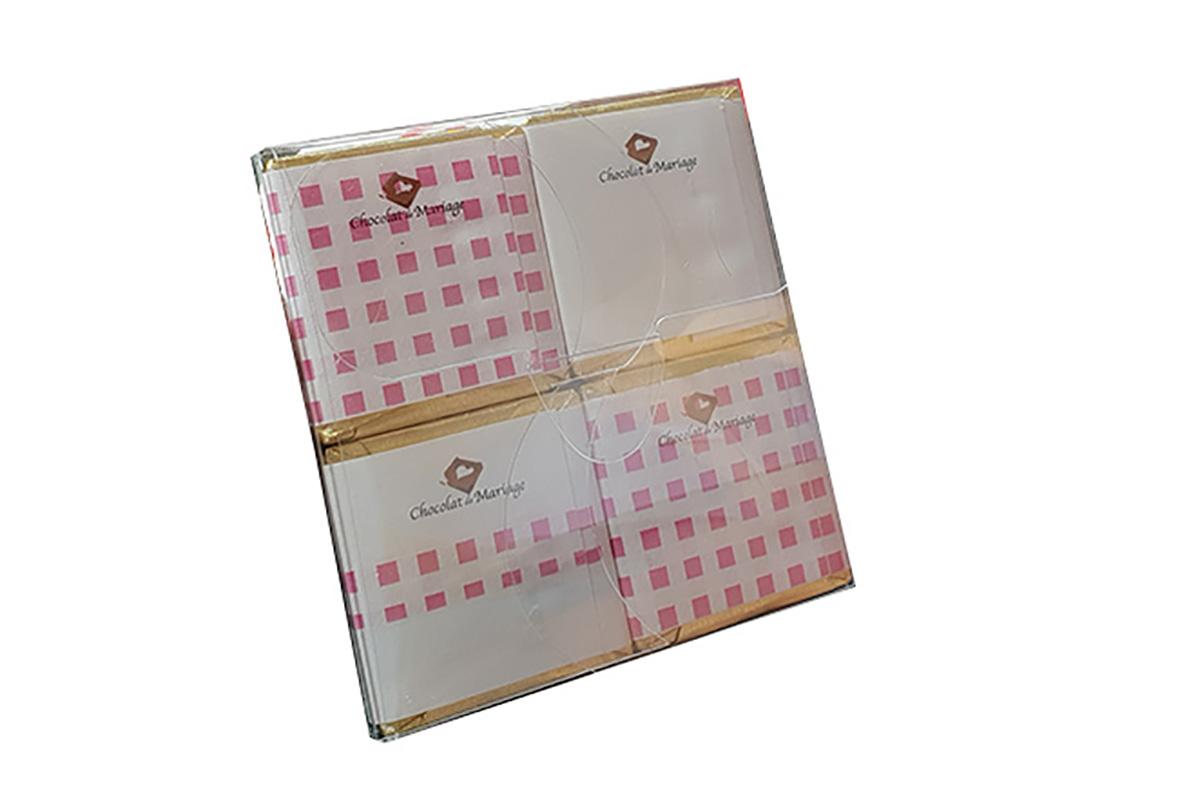 pochette chocolats  vichy rose derriere