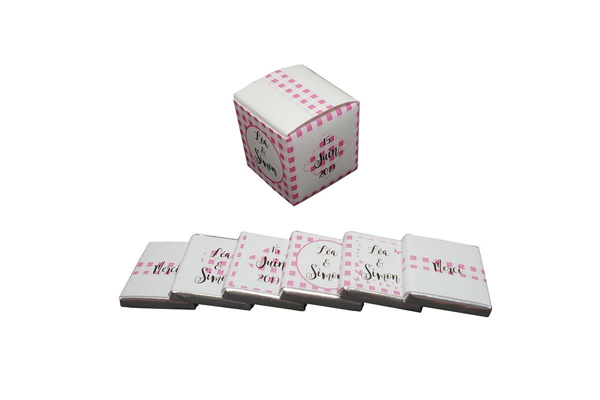 cube vichy et ses chocolats personnalises