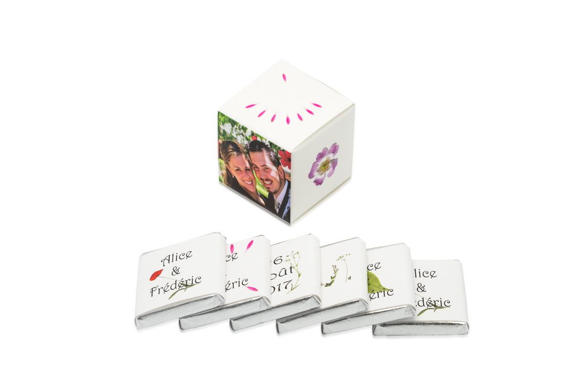 cube simple de 6 chocolats personnalisés Thème Fleurs