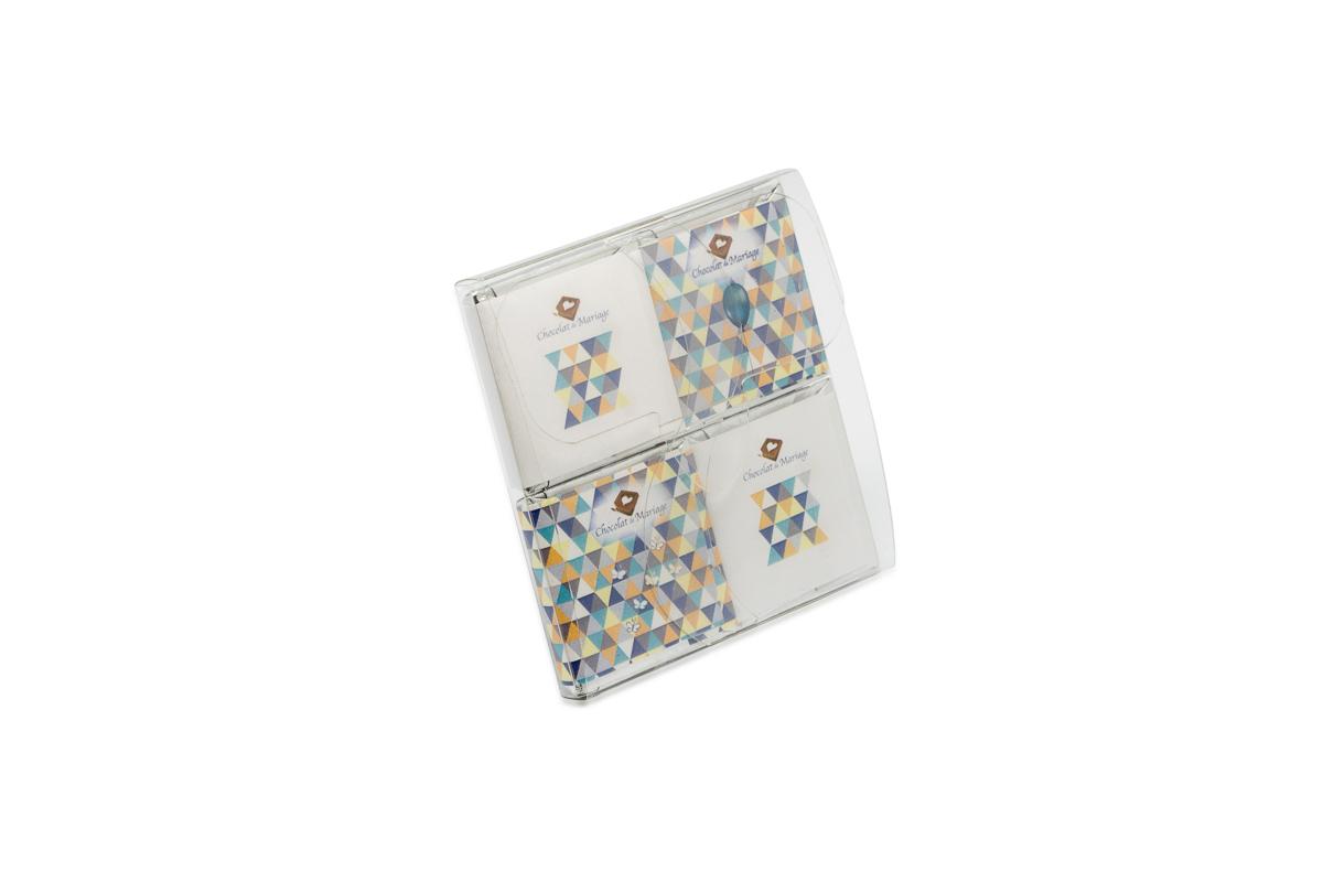 Pochette de 4 chocolats personnalisés thème Enfantin