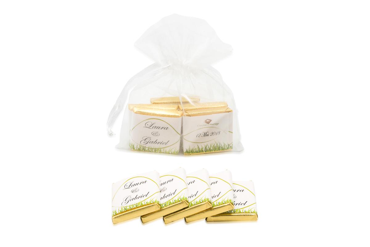 Sachet organza remplis de 5 chocolats personnalisés Thème champetre