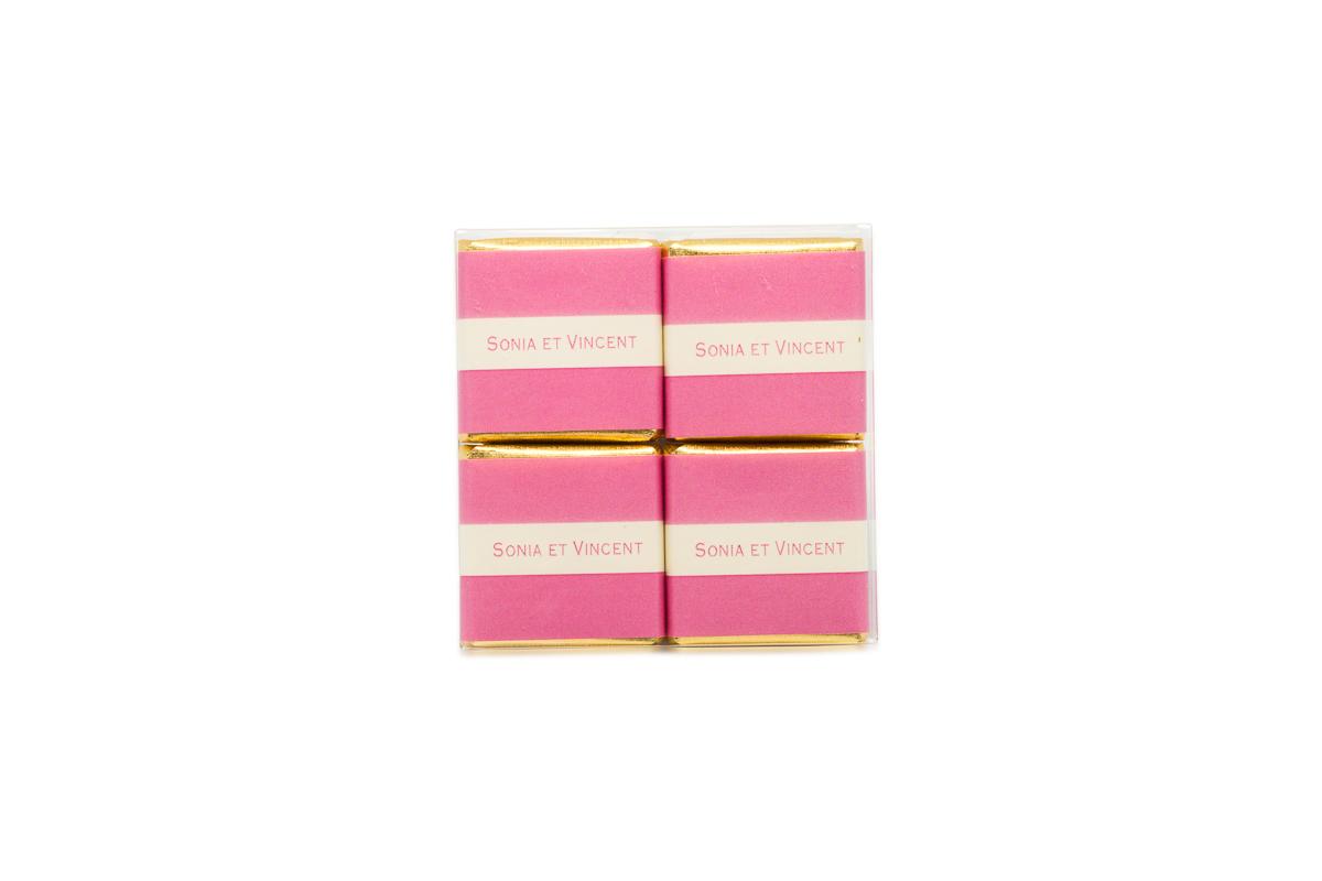 pochette de 4 chocolats personnalisés bicolore ruban