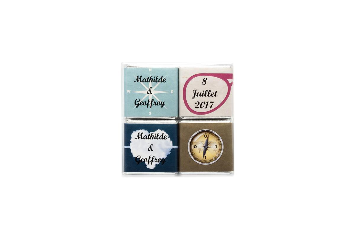 Pochette transparente Voyage de 4 chocolats personnalisés